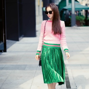 Image 5 - Runway Designer 2020 New Pearls Pink Sweaters Pullover Women Spring Winter Striped Female Knitted Jumper Christmas Clothes