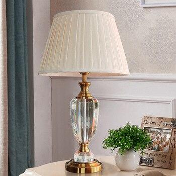 الحديثة الكريستال مصباح الإضاءة غرفة نوم أباجورة الأزياء الفاخرة الكريستال الجدول مصباح Abajur السرير مصباح طاولة الفندق k9 الفاخرة