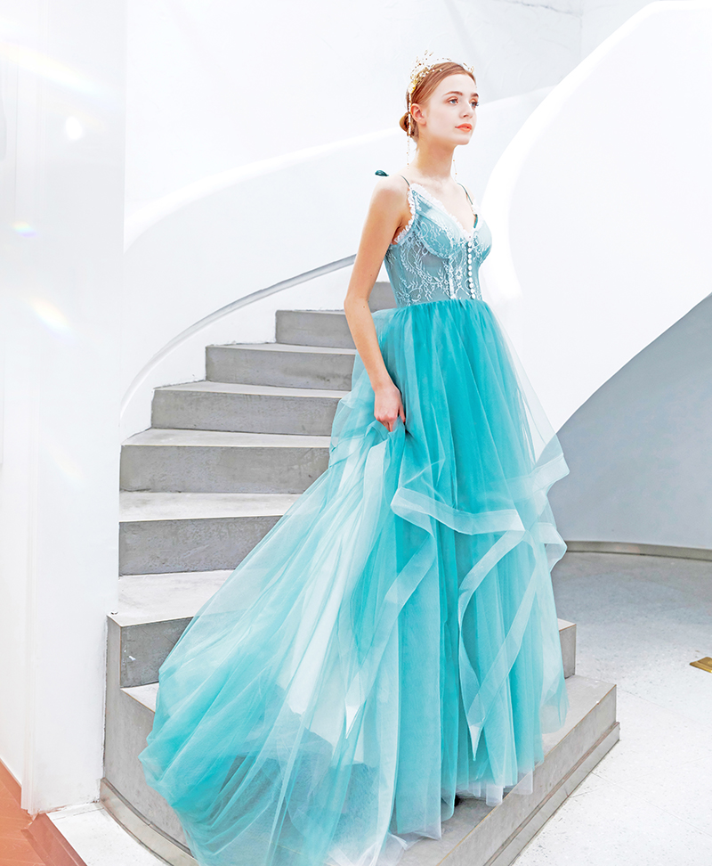 Blue Prom Dress Ruffles Spaghetti Straps Bridesmaids Dress Sweetheart Lace A Line Sweep Train Evening Gown