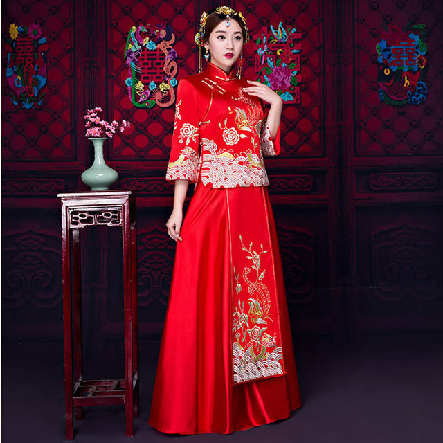 Red Traditional Chinese Style Wedding Dress Embroidery Bride Modern ...
