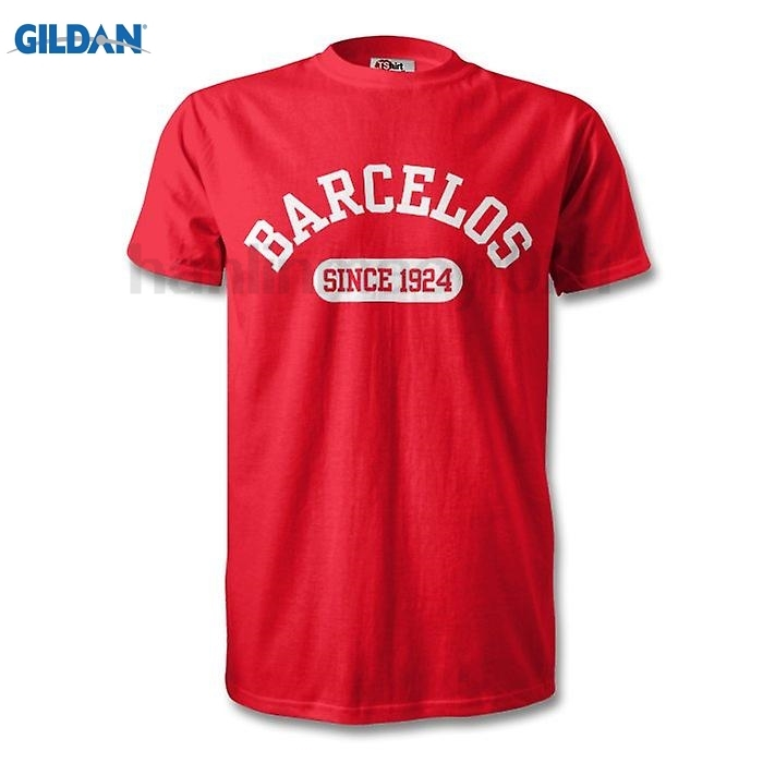 GILDAN Gil Vicente 1924 Established Football T-Shirt ...