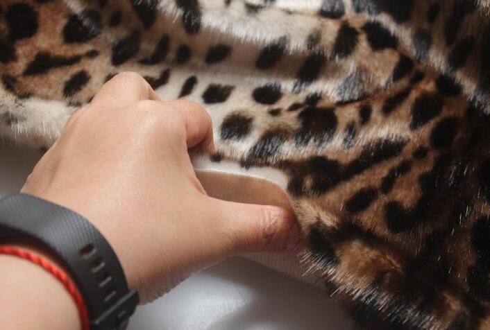 Moda leopardo largo pelo animal algodón felpa lana tela para abrigos textiles hechos a mano parches Jacquard grueso lentejuelas tela A347