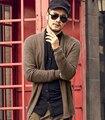 Mens Camisolas do Casaco de Malha Homens designers Da Marca tendências Malhas fina Camisola Magro Ocasional vestuário Masculino 2016 primavera outono
