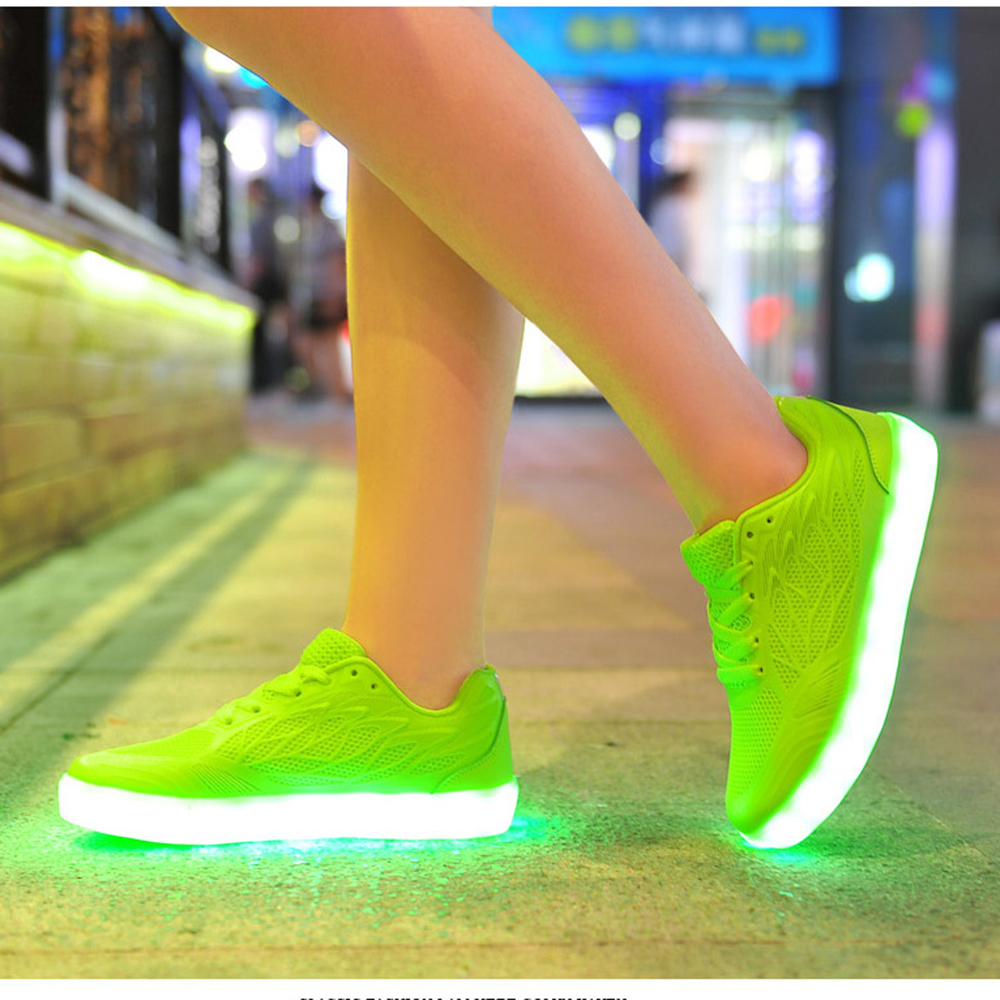 Luminous Sneakers for Women LED Shoes Glowing Sneakers with LED Light USB Charging Light Up Shoes zapatillas con lucesLuminous Sneakers for Women LED Shoes Glowing Sneakers with LED Light USB Charging Light Up Shoes zapatillas con luces