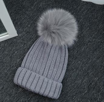 Haute qualité grand 16 cm réel renard fourrure pompon Beanie chapeaux tricotés Chapeau d'hiver Pour Femmes Filles Bonnet de Laine Tricoté Coton Bonnets Casquettes - 4