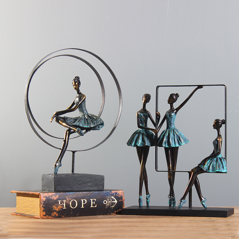 Europe Style Retro Ballet Girl Figure Decorate Ballet Figurines Resin Craft Home Decoration Accessoreis Wedding Gift R1460Europe Style Retro Ballet Girl Figure Decorate Ballet Figurines Resin Craft Home Decoration Accessoreis Wedding Gift R1460