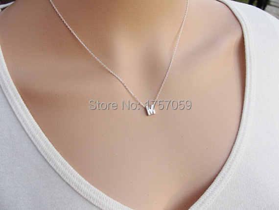 אופנה כסף ראשוני קסמי שרשרת תליון מתכת אותיות עבור תכשיטים אישית לחתוך אחת אותיות M שרשראות זהב שרשרת