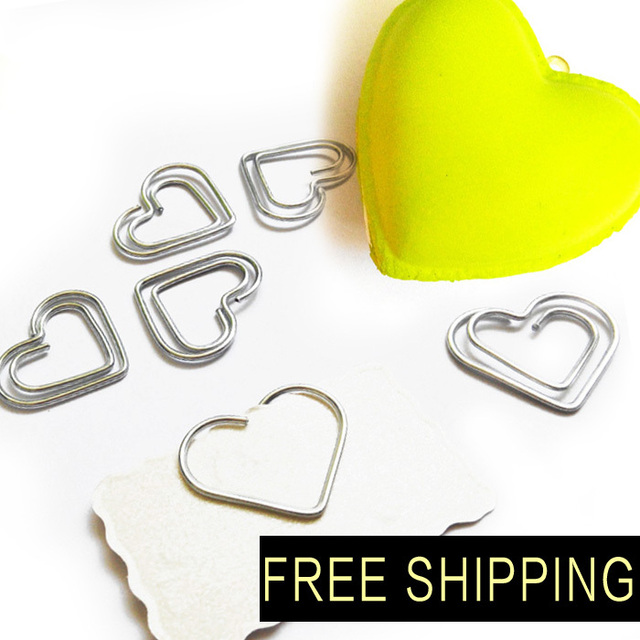 Free Shipping 300pcs 26 22mm Paper Clips Bookmark In Blister Cute Heart Shaped