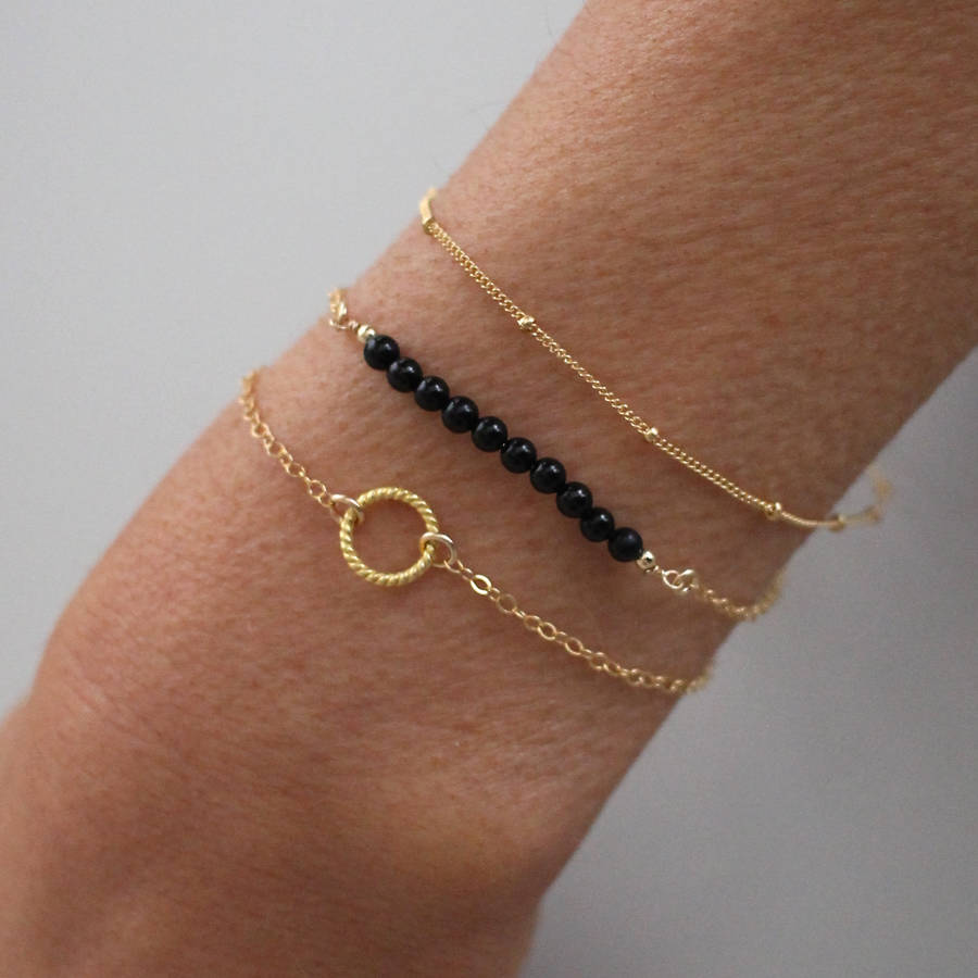 2017 Fashion Statement Gold Chain Link Bracelet Pearl Jewelry For Women Bracelets Bangles Black Beaded Femme In
