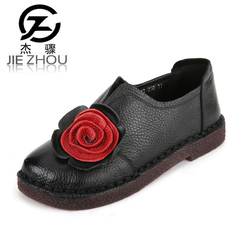 Handmade flowers Flats Genuine Leather comfortable retro women's shoes Round head Anti-skid Large size casual elderly shoes obuv
