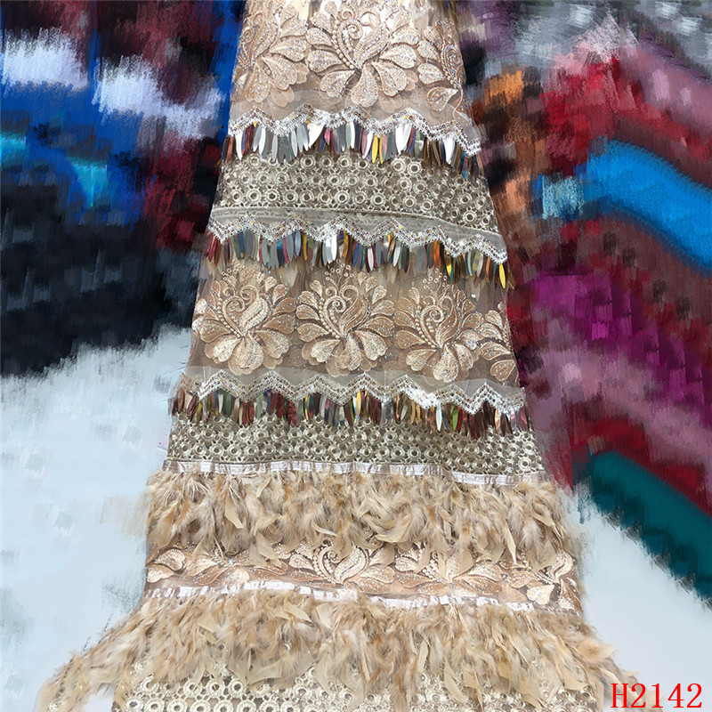 High Quality 2019 Tulle Sequins French Nigerian Lace Fabrics Plume Embroidered African Red Lace Fabric HJ2142