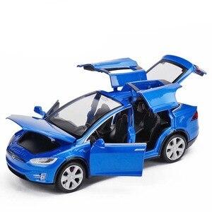 Image 2 - Modèle voiture Tesla X en alliage 1:32, jouet électronique avec feux de Simulation et voiture musicale, idée cadeau pour enfants
