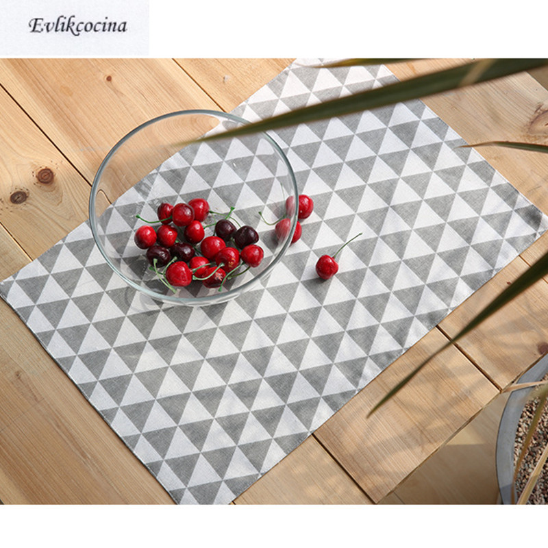 Free Shipping Gray Triangles Placemats Dining Table Coaster Cloth Insulation Coffe Tea Cup Pad Kitchen Tovaglietta for Table