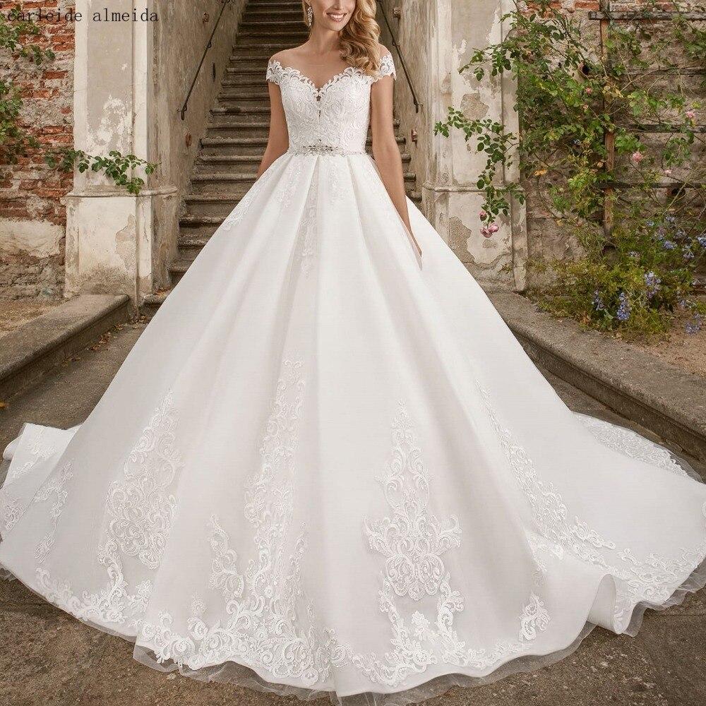 Robes de mariée princesse robe de noiva Scoop avec dentelle Unique Appliques cristal ceinture luxe robes de mariée Train Royal Boda