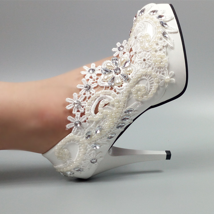 цена на New arrive white lace Handmade Bridal shoes women Pumps 5cm/8cm/11cm heel big size 34-42 Girl's plus size Party shoes