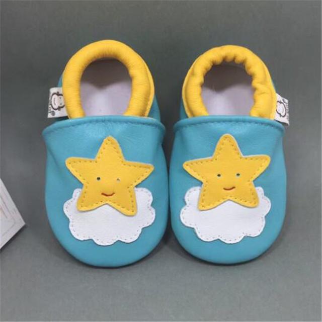 Bonitos Sapatos de Bebê de Couro Genuíno Slip-on Mocassins Meninos Da Criança Recém-nascidos Do Bebê Macio Menina Chinelos chaussure garcon tenis menino