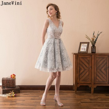 JaneVini 2019 Vintage Lace Plus Size Short Bridesmaid Dresses for Women V Neck Backless A Line Mini Prom Party Gowns Formal Wear
