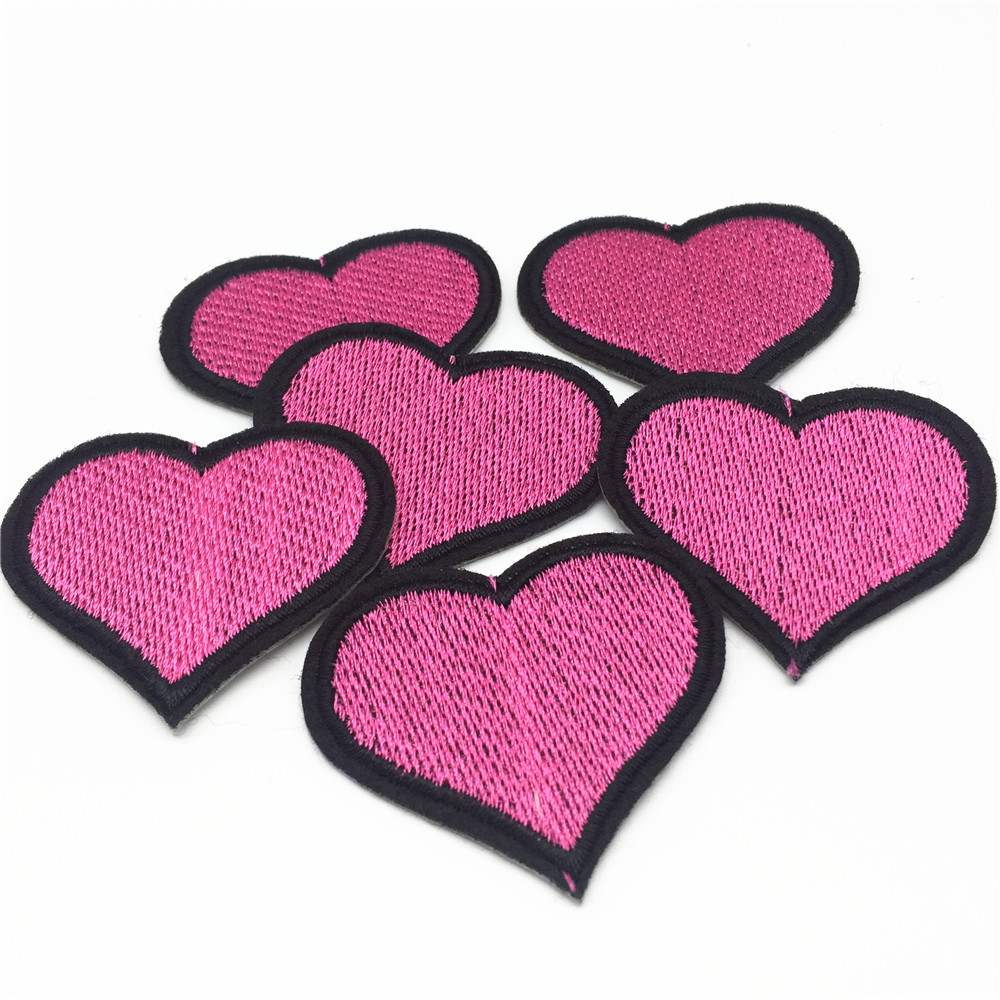 50pcs Pink Heart Embroidered Patches Iron on Motif Sew Applique DIY Patch Accessory 4.6*3.8cm
