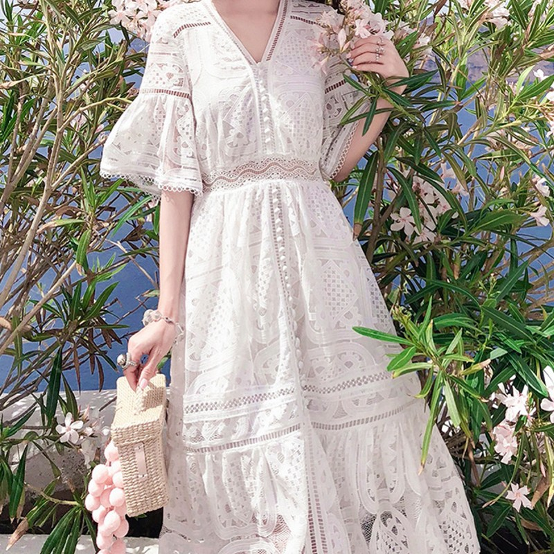 Broderie évider automne hiver robe femmes blanc élégant Flare manches robe courte casual coton robe vintage v cou 2019-in Robes from Mode Femme et Accessoires on AliExpress - 11.11_Double 11_Singles' Day 1