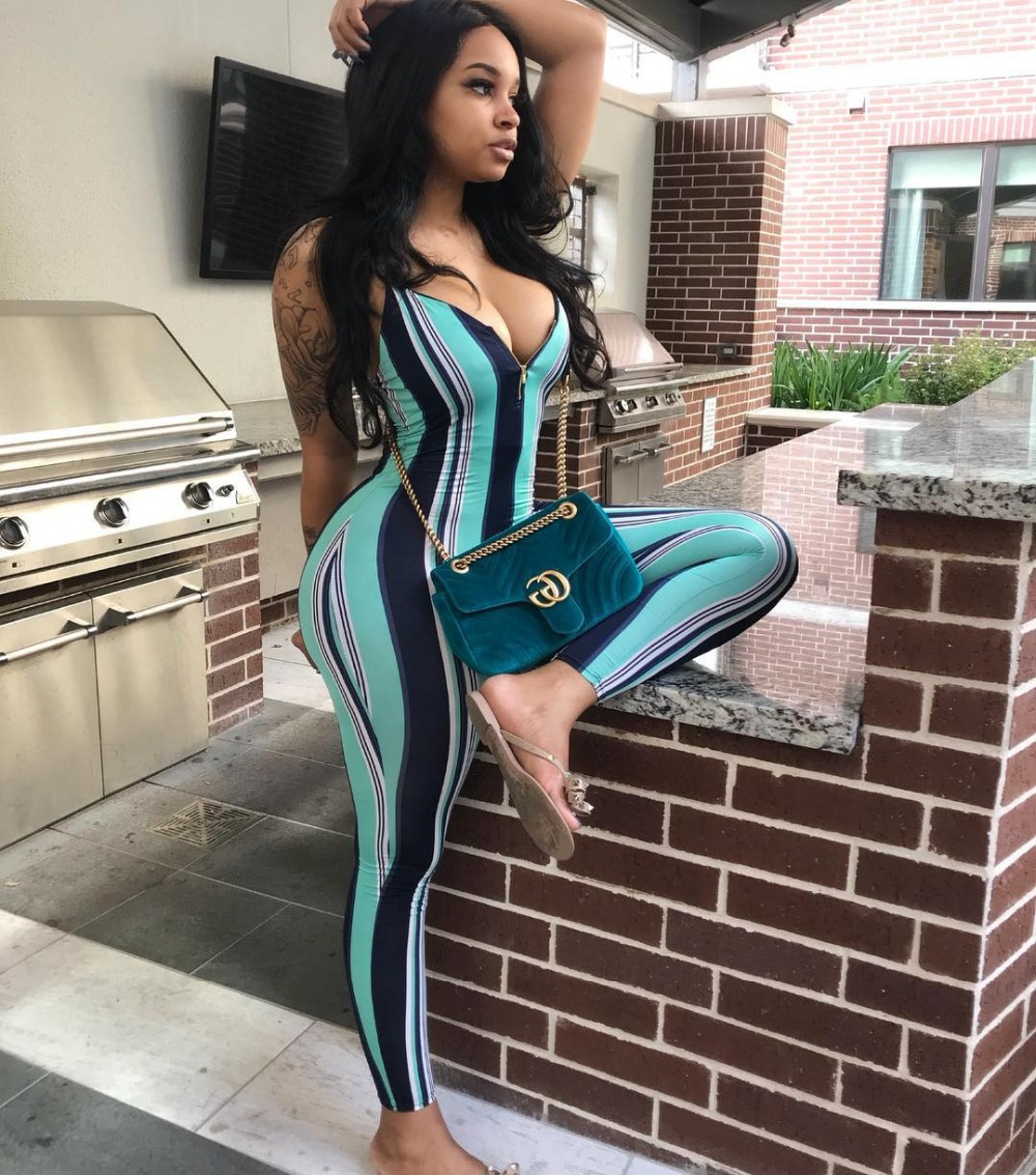 VAZN Top Quality New Design 2018 Casual Style Women Jumpsuit Striped V-Neck Sleeveless Bodycon Romper W8090