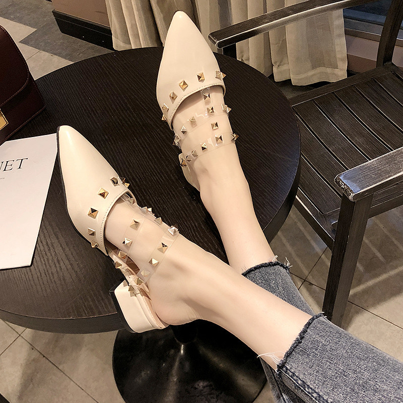 Personality pointed rivet sandals women 2019 summer new street fashion women in the thick with word sandals in Low Heels from Shoes