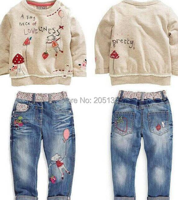2015 New Winter baby girls clothing set Children kids cartoon sweater+jeans set toddler girls Autumn clothes Retail