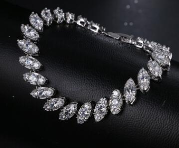 T1126 Simple Square Bracelet Female Exquisite Platinum Plated Bracelets For Wedding Gift Accessories