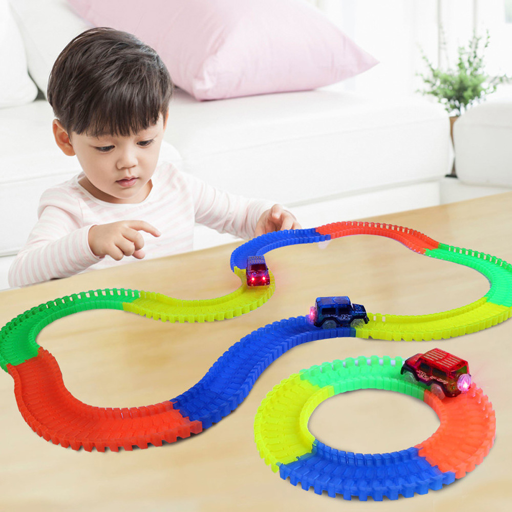 165Pcs Glow Track+1pc LED Light Car Bend Flexible Glowing Race Track Set Magic Plastic Racing Track DIY Kids Toys for Children