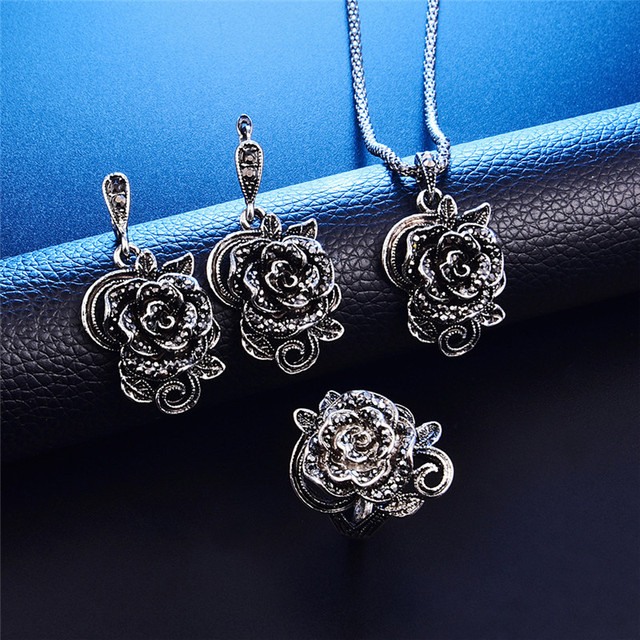 fd35b4656 3Pcs Vintage Silver Color Jewellery Set Fashion Black Crystal Rose Flower  Jewelry Sets For Women Wedding Party Gift