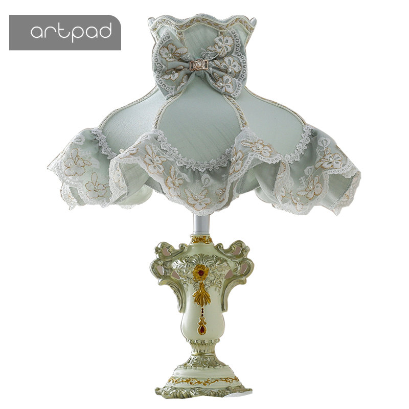 Artpad Korean Style Nightstand Table Lamps for Bedroom Flower Lace Fabric Shade Princess Girl Kids LED Desktop Lamp Home Fixture стоимость