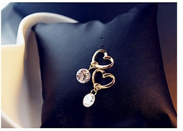 Luxury Crystal Zircon Stud Heart Earrings