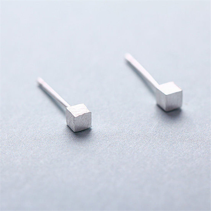 100% 925 Sterling Silver Small Square Stud Earrings For Women Party Gift Jewelry Pendientes Boucle D Oreille Eh937