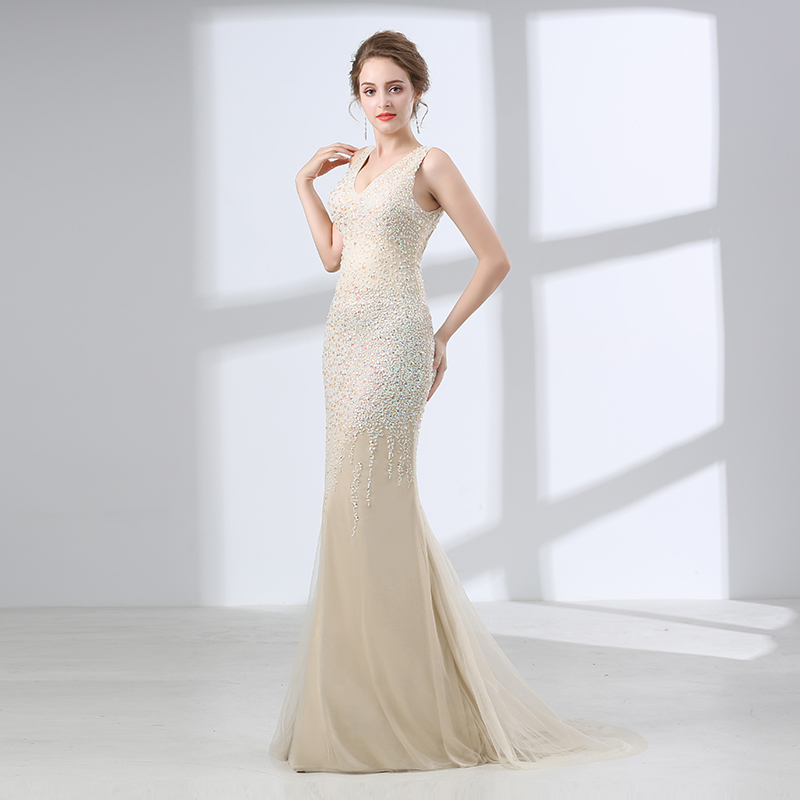 Luxury Sexy Backless Mermaid Evening Dresses 2018 V Neck Beaded Crystal Long Formal Prom Evening Gowns for Women Robe De Soiree