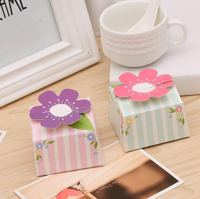 20 Pcs Pretty Flowers Portable Paper Box,Gift Packing Box,Cookies,Candy Snack,Handmade Food