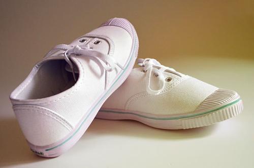 Легкие кроссовки мужские спортивные кроссовки белые дышащие мягкие удобные кроссовки 2018 весна лето