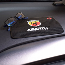 Автомобильные аксессуары для Abarth 500 Fiat 500c 500l Punto Stilo Palio Panda 124 595 600 695 Spider Anti-slip Mat Phone Key Storage Pad