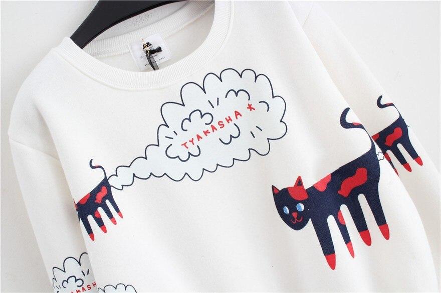17 New Spring Autumn Sweatshirt Women Tops Plus Size Loose Casual Plus Thick Velvet Cartoon Cat Pattern Sweatshirts Pullovers 15