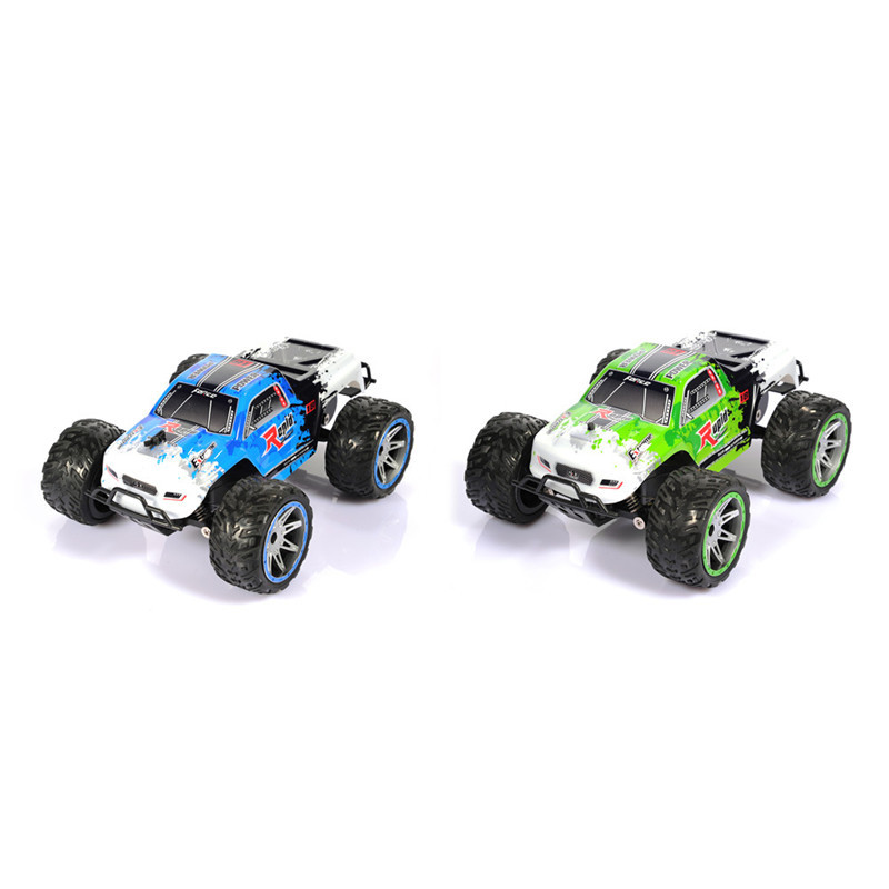 Remote Control Model Off-Road Vehicle Toy 20KM/h 2.4G Remote Control Car 1:16 Pickup Car PVC Car Four-way High-speed Car