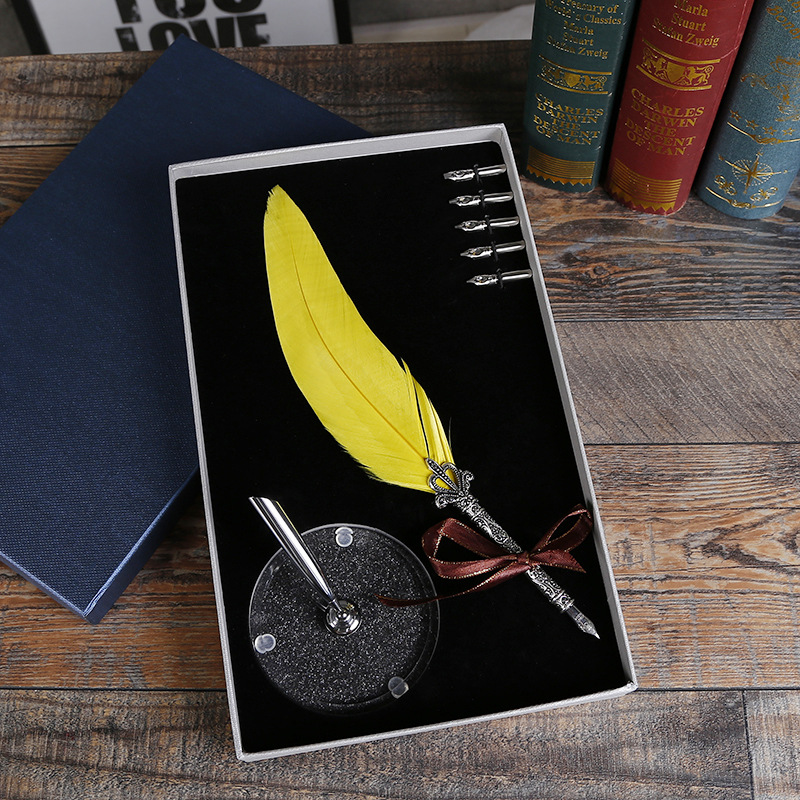 New Writing Tools Retro Feather Pen Christmas Birthday Gift Pen Holder Wedding Signature Pen Gift Box To Send Friends Gifts цены