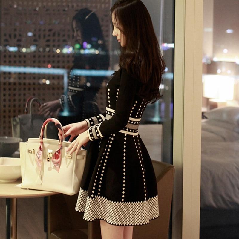 2019 Spring Autumn Women's Knitting Dress High Waist New Elegant Fashion Sweater Dress Long Sleeve Pleate Black Mini Dresses