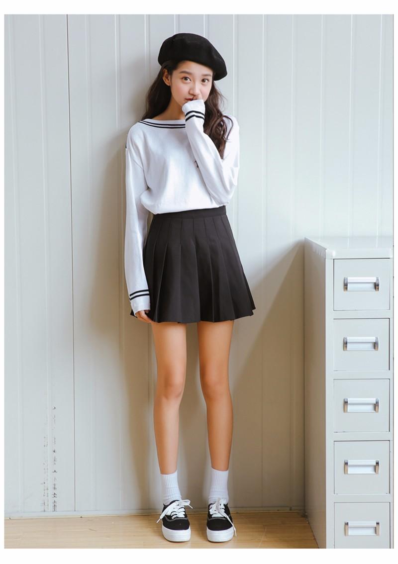 pleated skirt 19