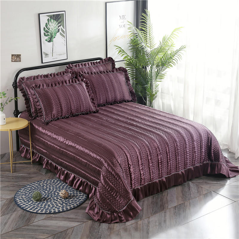Red Gray Blue Purple Luxury European Polyester Cotton Quilted Bedspread Bed Cover Bed Sheet Bed Linen Blanket Pillowcases 3pcs in Bedspread from Home Garden