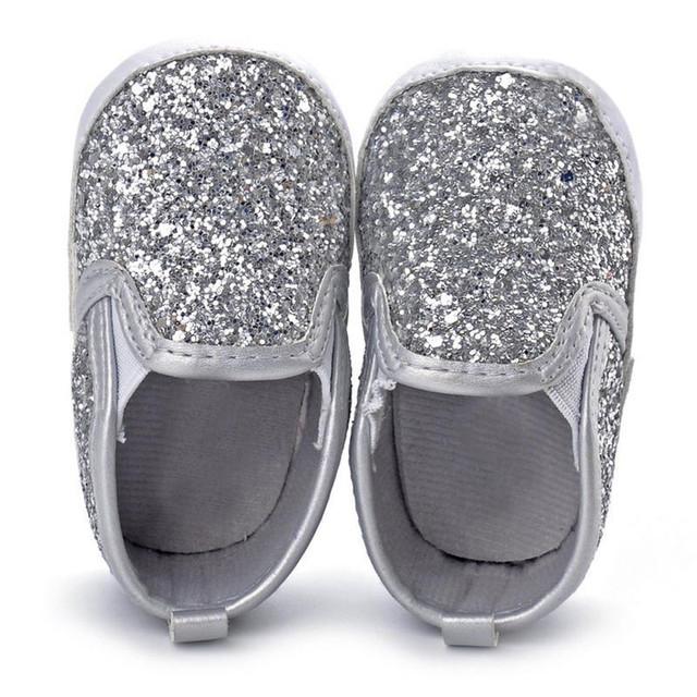 242c2f03ee8 Novo Varejo de Moda de Nova Bebê Meninas De Prata de Bling Sapatos  Recém-nascidos
