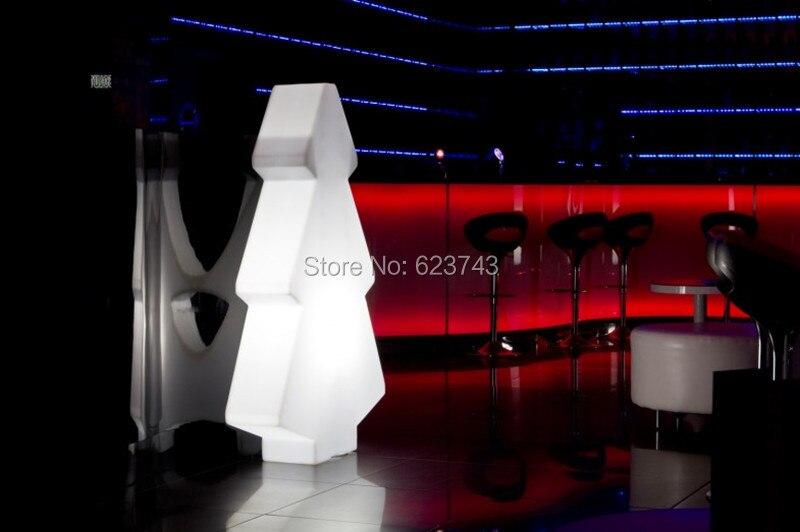 Agressif Arbre De Lumière à Led Rechargeable Variable Coloré Extérieur/intérieur De 1 Pièce De Lampadaire Led Pour L'éclairage De Spectacle De Noël/exposition