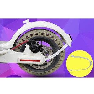 Image 5 - Parafango posteriore Parafango Supporto Supporto Per Xiaomi Norma Mijia M365 Accessori Scooter Elettrico di Protezione Posteriore del Cavo Della Luce Staffa Parti