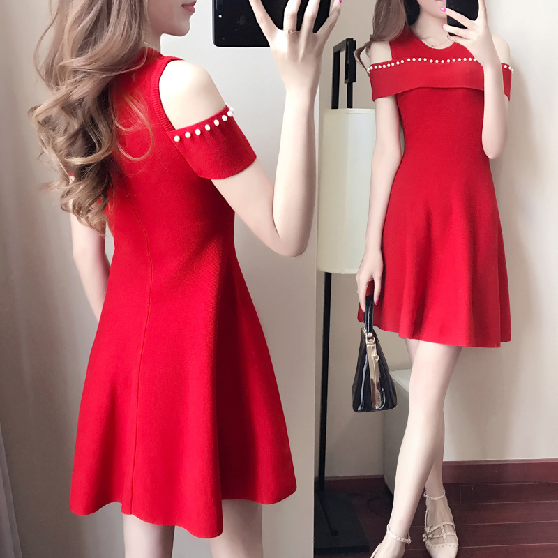 In the spring of 2019 new Korean fashion temperament long slim slim Strapless short sleeved knit dress A