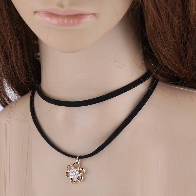 Collier Tour de cou de perles ensembles pour Femmes en métal creux Collier Partie Bijoux e