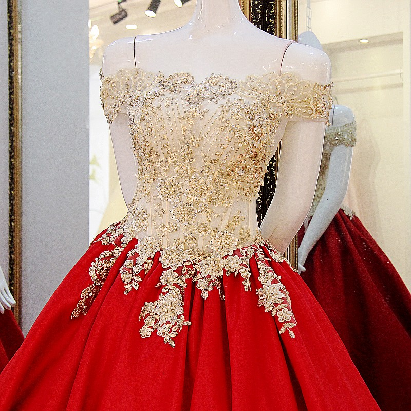 Elegant Gold Appliques Hot Red Wedding Dress Cap Sleeve Ball Gown