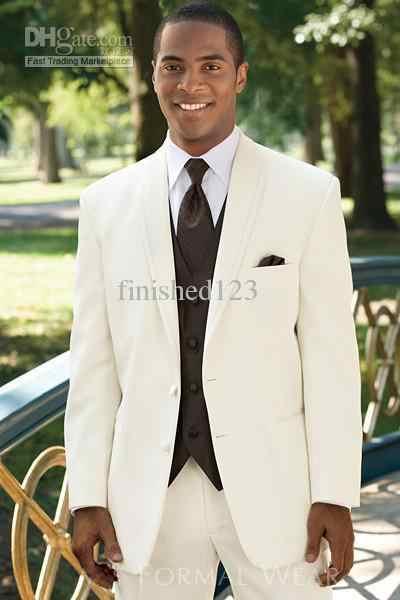 売れ筋象牙二つのボタンノッチラペルの新郎のタキシード花婿の付添人の男性の結婚式のスーツプロムに着ていく服( jacket+pants+vest+tie) bm: 631