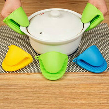 Kitchen Silicone Gloves Baking Tools Oven Mitts Take Heat Clamp KitchenOrganizer Insulated Heat Pot Holder Microwave Oven Gloves